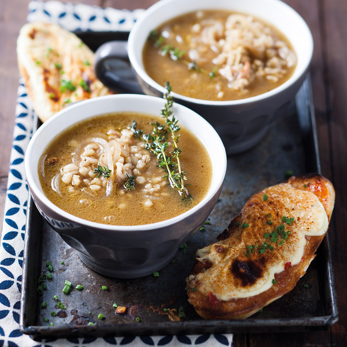 Barley and onion soup with Welsh rarebit